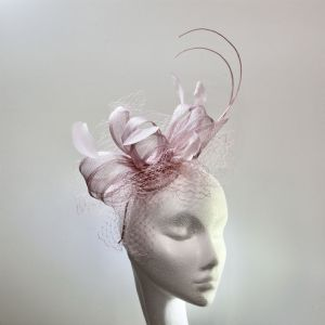 13967 Pretty Fuxia Polvere Pink/Lilac Mother of the Bride Fascinator SD652/3